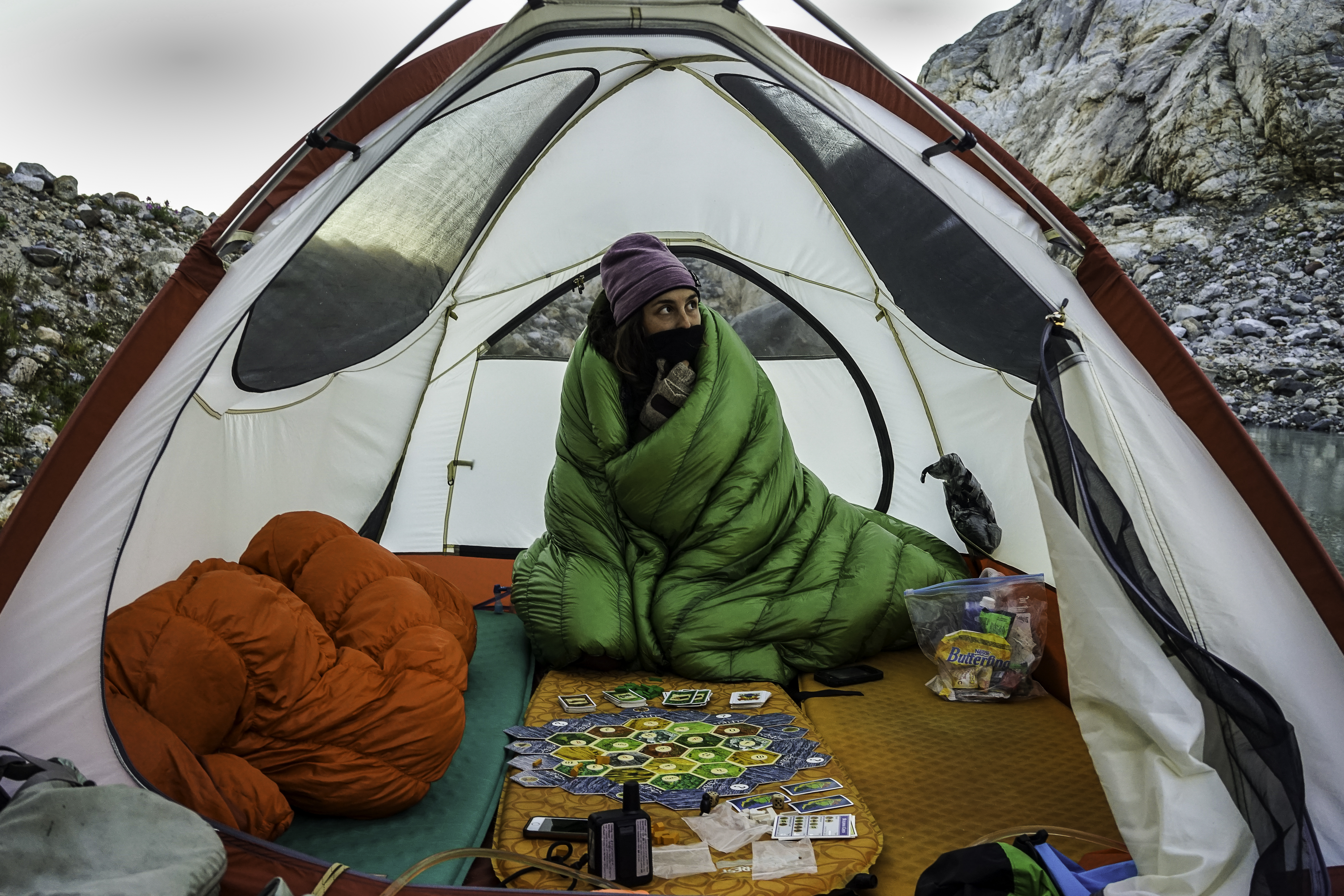 ... how to go lighter as a couple when backpacking Montbell Super Spiral Down Hugger sleeping bags vs quilts thru hiking zpacks double quilt3 Comments & Sharing is Caring: The Double Quilt u2013 tandem trekking